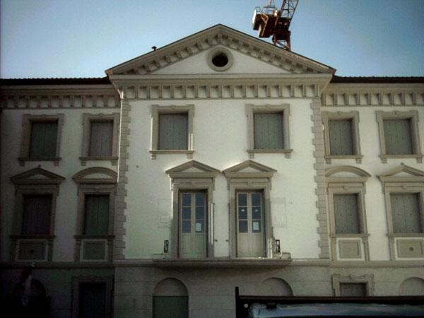 Cornici In Polistirolo Finestre Modena Reggio Emilia