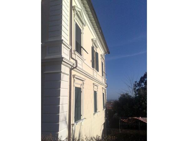 Reggio-emilia-installazione-cornicioni-in-polistirolo
