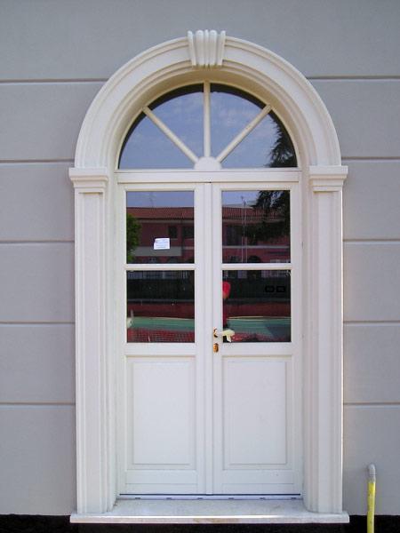 cornici-per-porte-e-finestre-modena-milano